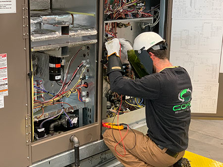 commercial electrician in Norman, OK